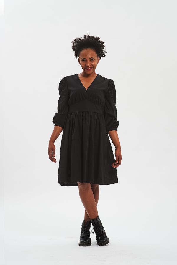 Vestito nero donna con manica a sbuffo Fisto firenze